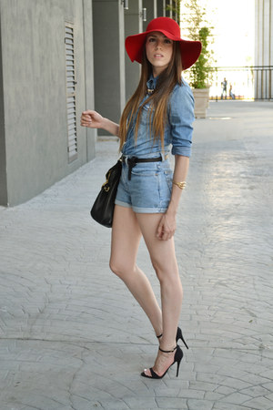 blue denim Forever 21 shirt - red hat - black leather Michael Kors bag