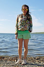 Floral-print-zara-jacket-ombre-effect-gap-shorts
