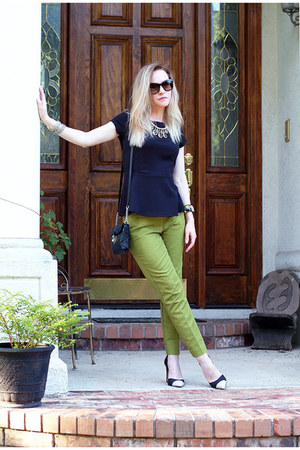 olive green cropped ann taylor pants - dark gray quilted calvin klein bag