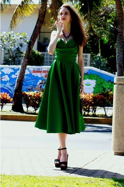 black vintage bag - chartreuse edressycom dress - black Prada heels