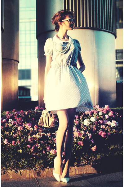 sky blue Friends Shop dress - white Zara heels
