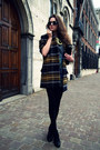 Mustard-tartan-zara-coat-charcoal-gray-q2-shirt-black-zealotries-bag