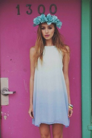 sky blue Forever 21 hair accessory - white Choies dress
