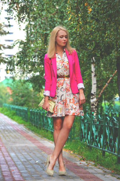 peach Koogul dress - hot pink Zara blazer - neutral Colin Stuart heels