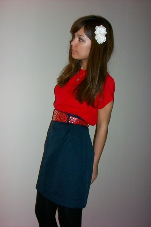 vintage top - vintage skirt - vintage belt
