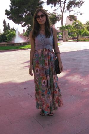 mozaic dress - some market vest - second hand accessories
