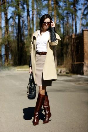 camel woolen Zara coat - maison martin margiela boots