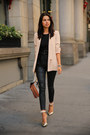 Black-rich-skinny-jeans-peach-truth-pride-blazer-brown-bcbg-bag