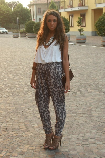 white H&amp;M top - brown H&amp;M pants - beige Zara shoes - brown H&amp;M bracelet - silver