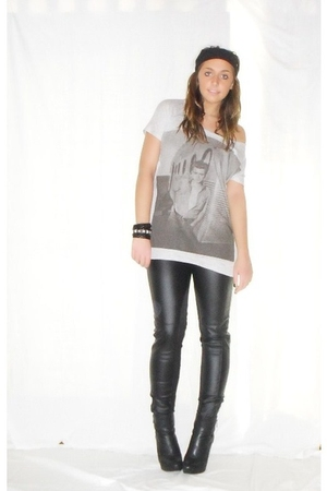 silver Zara t-shirt - Zara pants - black silvian heach boots - silver H&M bracel