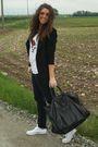 Black-zara-blazer-white-melville-t-shirt-black-h-m-pants-white-converse-sh