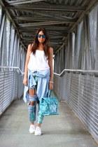 white H&M top - sky blue PERSUNMALL jeans - aquamarine Gio Cellini bag