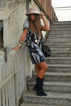 navy Mauro Leone boots - navy dress Zara dress - off white hat Topshop hat