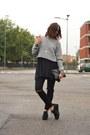 Black-palomitas-shoes-silver-brandy-melville-sweater