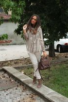 beige no brand scarf - beige vintage shirt - brown asos purse - beige Zara pants