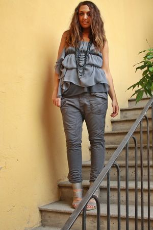 gray Zara top - gray Zara pants - gray made in Marrakech shoes - gray vintage ne