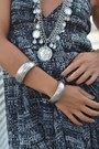 Heather-gray-h-m-bracelet-charcoal-gray-h-m-dress-ivory-zara-bag