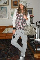 Zara shirt - Zara pants - All star shoes - H&M sweater - balenciaga purse - H&M