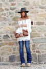 White-dressvenus-dress-brown-vintage-bag