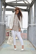 white H&M wedges - camel happiness sweater - off white Mango blazer