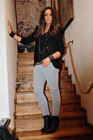 black Zara blazer - black Zara shirt - gray Zara pants - black silvian heach boo