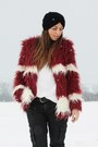 White-h-m-sweater-brick-red-romwe-coat-black-topshop-hat