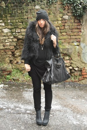 black Boohoo coat - black Zara shirt - black H&M pants - black River Island boot
