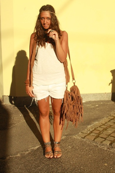 brown Zara vest - white H&M top - white H&M shorts - brown from formentera shoes