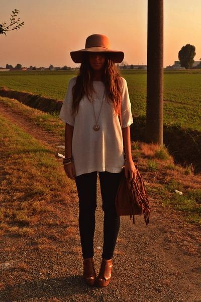 navy skinny Zara jeans - camel hat Bershka hat - ivory sweater H&M sweater - bro