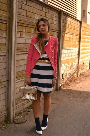 coral coral blazer Queens Wardrobe blazer - off white Zara shoes