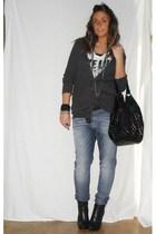 Zara shirt - Zara t-shirt - met jeans - silvian heach boots - no brand purse - v