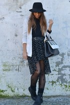 black stars skirt Zara skirt - black boots H&M boots - black hat H&M hat