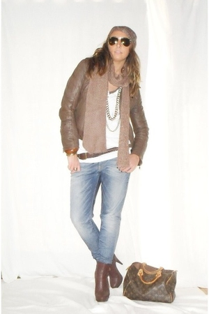 brown made in italy jacket - white H&M shirt - blue met jeans - brown Alcott bel
