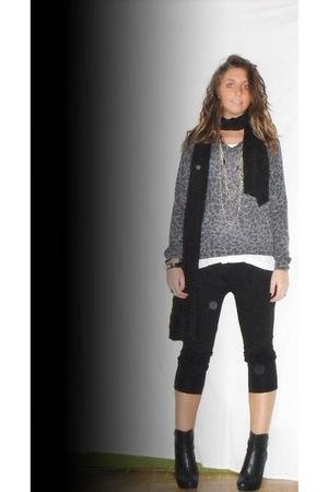 zara homme sweater - H&M top - H&M scarf - benetton pants - silvian heach boots
