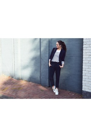 white H&M sweater - navy Mango blazer - navy Zara pants - white Nelly sneakers