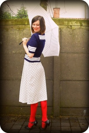 ivory dress - navy sweater - red tights