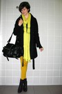 Yellow-tights-blue-dress-black-boots-black-cardigan-silver-necklace-pu