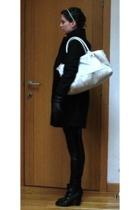 H&M coat - H&M accessories - Pimkie leggings - Pimkie gloves - Pimkie boots