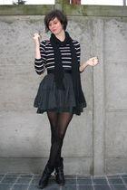 black top - black skirt - black boots - black scarf - brown coat