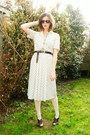 Ivory-dress-cream-tights-dark-brown-clogs