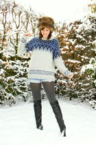 periwinkle sweater - charcoal gray tights - black boots - light blue shorts - li