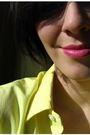 Yellow-blouse-black-shorts-black-shoes-black-bracelet
