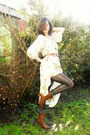 Brown-boots-cream-dress-black-tights-tawny-belt-black-earrings-bronze-