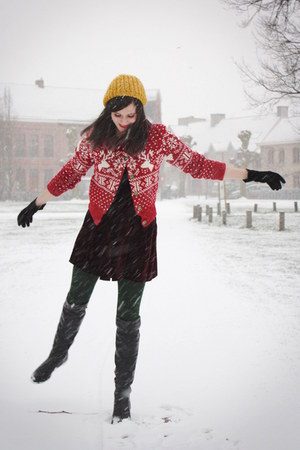 red cardigan - crimson dress - gold hat - dark green tights