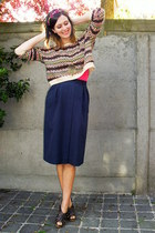 tan sweater - maroon headband accessories - dark brown clogs - navy skirt - hot