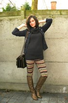 navy jacket - dark gray sweater - camel leggings - light brown boots - black