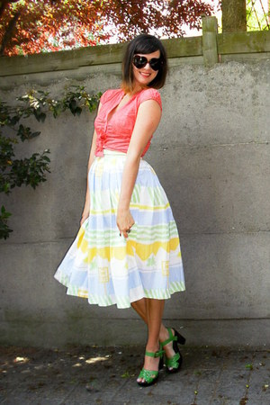 light yellow skirt - salmon blouse - chartreuse clogs