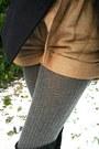 Heather-gray-sweater-camel-shorts-gray-tights-black-boots-navy-jacket-