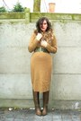 Camel-dress-light-brown-boots-brown-scarf-army-green-belt