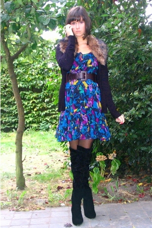 faux fur collar h&m vest - H&M dress - Sacha boots - tights - Pimkie belt